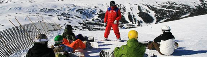 lectii-de-snowboard-in-grup-cu-instructor